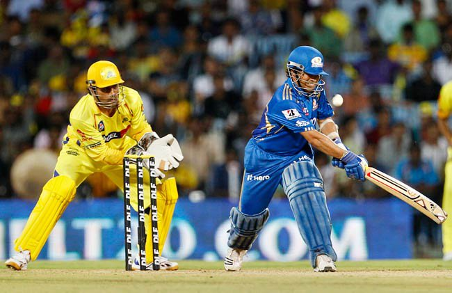 IPL 2013 Qualifier 1 Live Score CSK vs MI Match Highlights 21 May